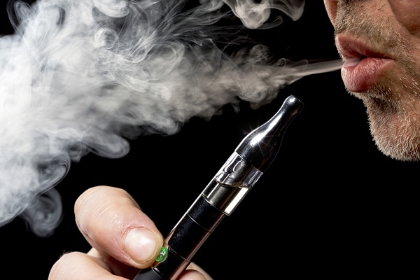 "Two New Surveys Say ""That Electronic Cigarette Damages Health"""
